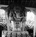 COLLECTIE TROPENMUSEUM Stenen beeld van Ganesha bij de Candi Panataran TMnr 10026912.jpg