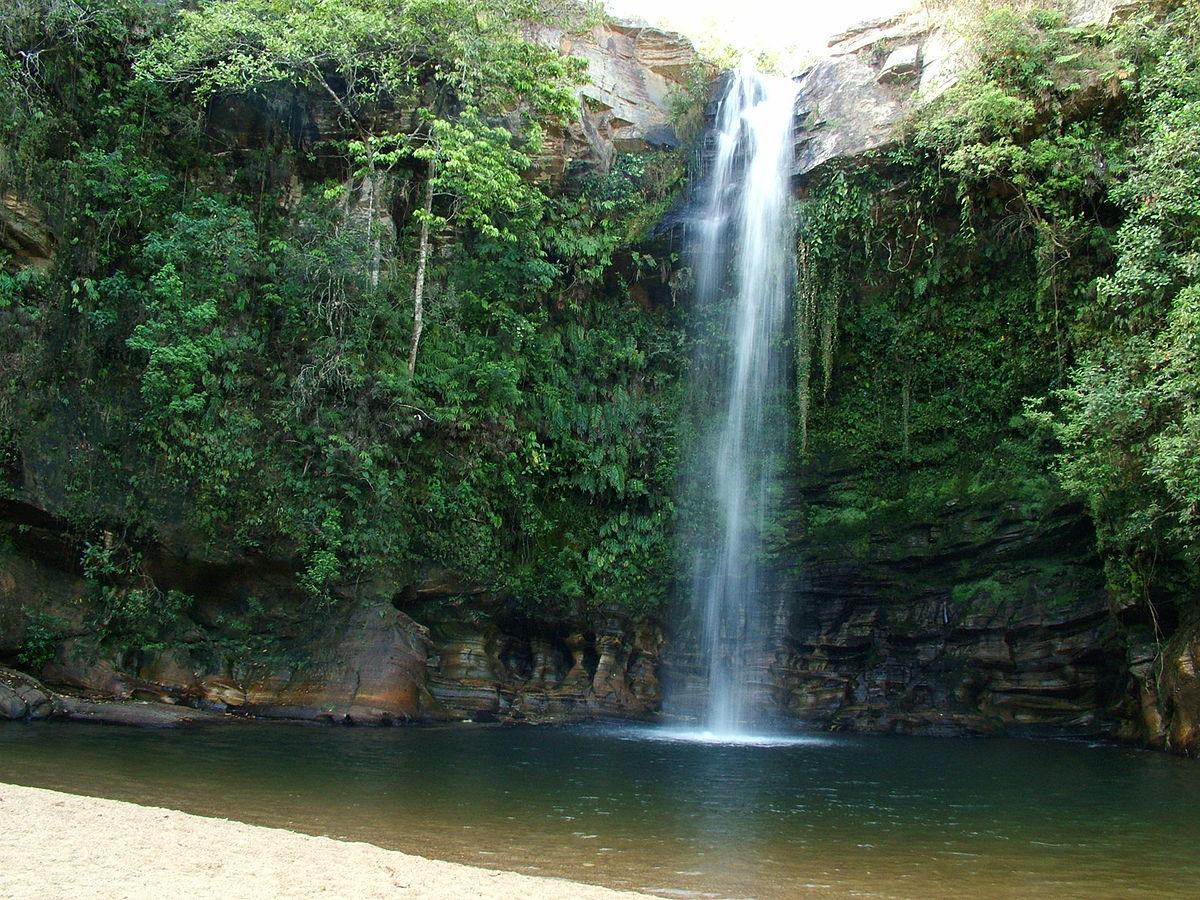 Resultado de imagem para cachoeira do abade pirenopolis