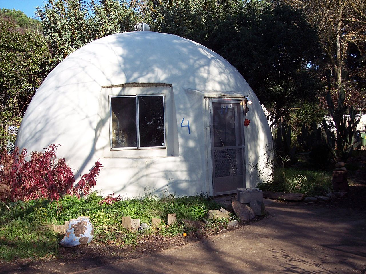 File California Dome House Jpg Wikimedia Commons