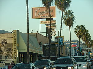 Fairfax Avenue - Canter's Deli looking north on Fairfax Avenue