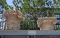 Capitells jònics de l'antic hospital de València.JPG