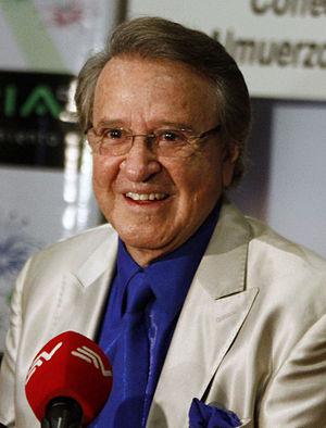 Villagrán, Carlos (1944-)