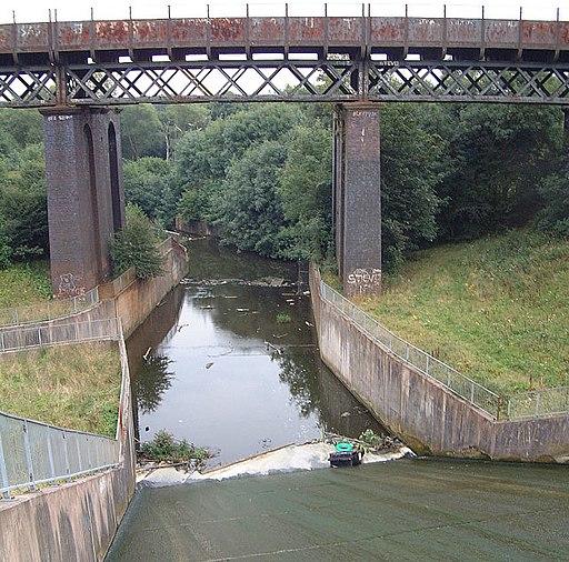 Carr Mill Dam - geograph.org.uk - 46990