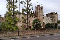 Castello di Sanguinetto.jpg