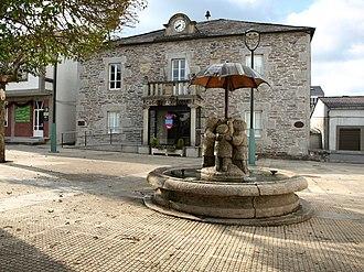 Castroverde - Image: Castroverde Fonte Concello