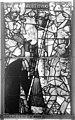 Cathédrale - Vitrail, Chapelle Saint-Joseph, Vie de saint Romain, lancette médiane, quatrième panneau, en haut - Rouen - Médiathèque de l'architecture et du patrimoine - APMH00031316.jpg