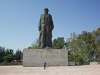 Cerro de las Campanas - Statue of Benito Juárez on the mountain