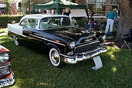 Chevrolet Bel Air 1955 RSideFront Lake Mirror Cassic 16Oct2010 (14854324286).jpg