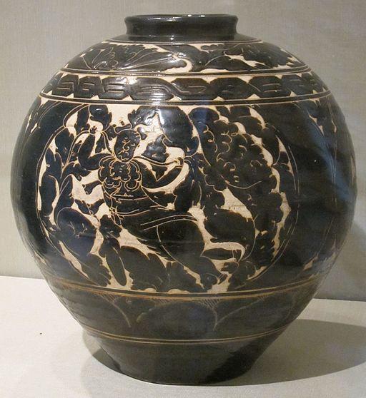 Chinese glazed stoneware jar, Yuan dynasty, HAA