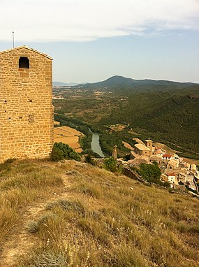 Church on a hill - panoramio.jpg