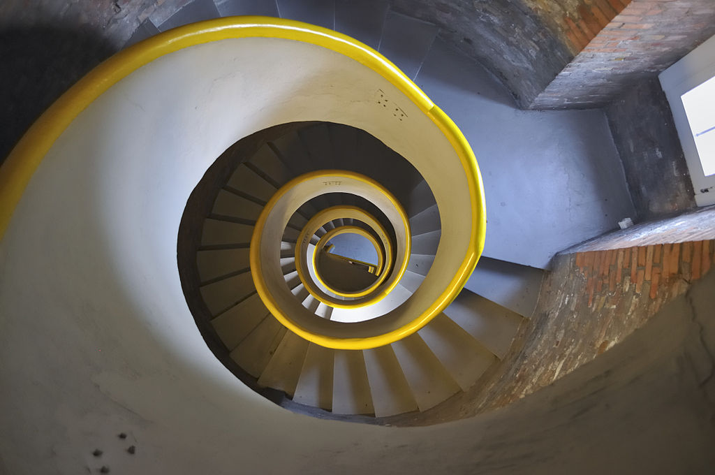 Circular stairs in Hel.jpg