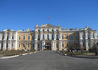 Vorontsov - Image: Cnt Sadovaja Voroncovsky 17 04 2005
