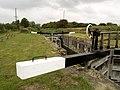 Coat's Bridge Lock - geograph.org.uk - 573872.jpg