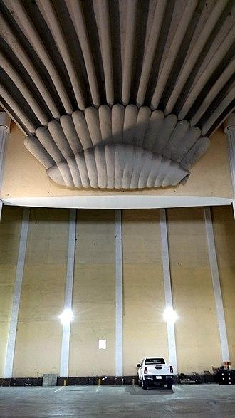 Shell (theater) - Image: Concha acústica del antiguo cine Avenida