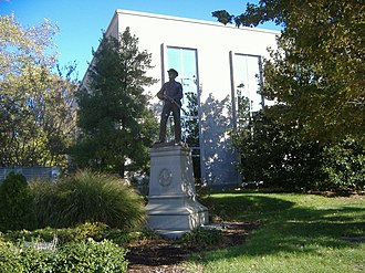 George Julian Zolnay - Image: Confederate Monument in Owensboro 1
