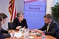 ConsMunich Napolitano im Gespräch mit Reportern der Süddeutschen Zeitung. (7241284424).jpg