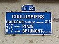 Coulombiers (Sarthe) plaque de cocher D129.jpg