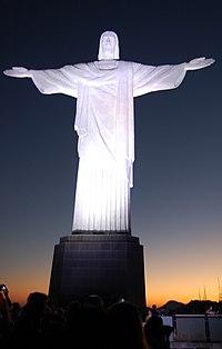 Cristo e o anoitecer.JPG