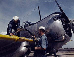 Curtiss-Wright CW-22 - Refueling of an SNC-1 at NAS Corpus Christi, 1942