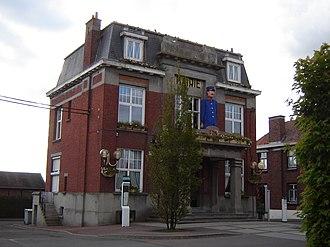 Deûlémont - Image: Deûlémont Town hall 1