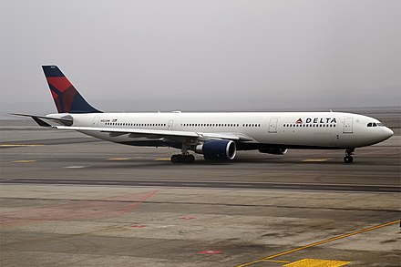 The first 242 t (534,000 lb) A330-300 was delivered to Delta Air Lines in May 2015 Delta Air Lines, N822NW, Airbus A330-302 (24661682692).jpg