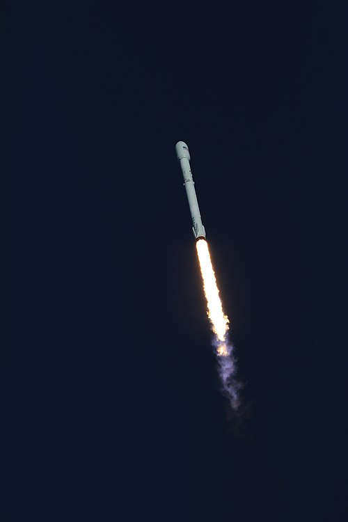 Despegue Falcon 9 TESS 06.jpg