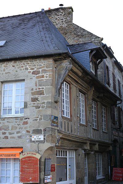 File:Dinan - 82 rue du Petit-Fort 20130216-02.JPG Исторические памятники Динана, достопримечательности Динана, фотографии Динана