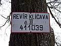 Dolní Kracle, značka rybářského revíru.jpg