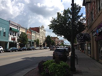 Bowling Green, Ohio - Downtown Bowling Green, Ohio as seen from the intersection of Main St. and Wooster St.
