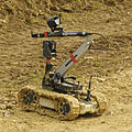 Dragon Runner Bomb Disposal Robot MOD 45151223.jpg