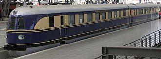 Streamliner - DRG Class SVT 137 Flying Hamburger at Leipzig main station