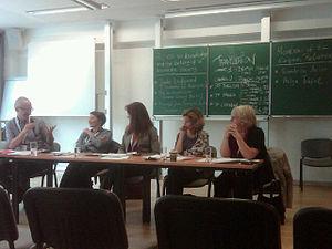 Das Panel zu Access to Knowledge mit (von rechts nach links) Prof.Dr.Claudia Lux (BID), Helga Trüpel (MdEP GRÜNE, Deutschland), Sandrine Bélier (MEP EELV, France), Jane Lindgaard (Journalist Mediapart)