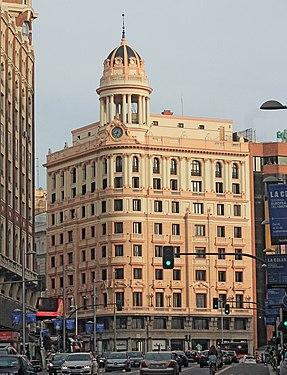 Edificio La Adriática (Madrid) 08.jpg