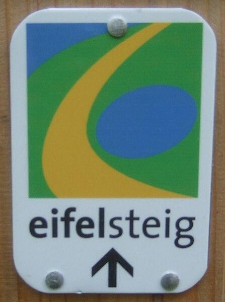 File:Eifelsteig-trier-ehrang.jpg