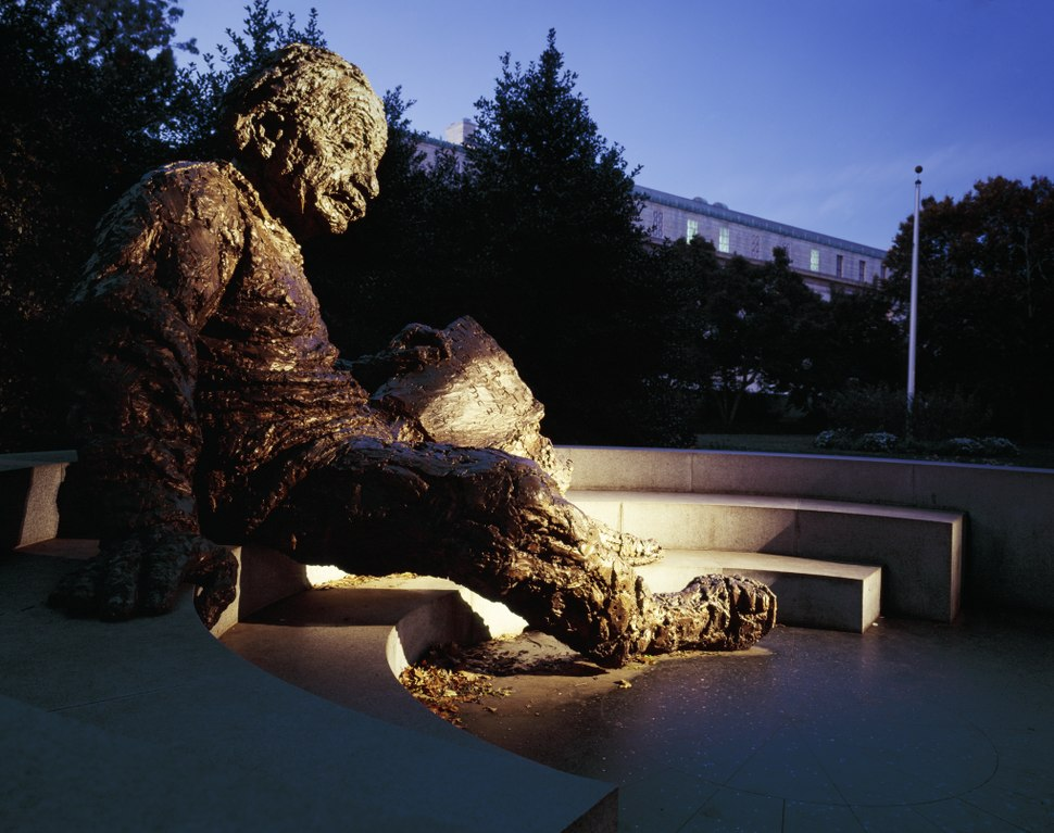 Einstein statue, National Research Council, Washington, D.C LCCN2011630701
