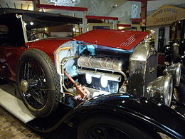 Engine Peugeot type 156.JPG