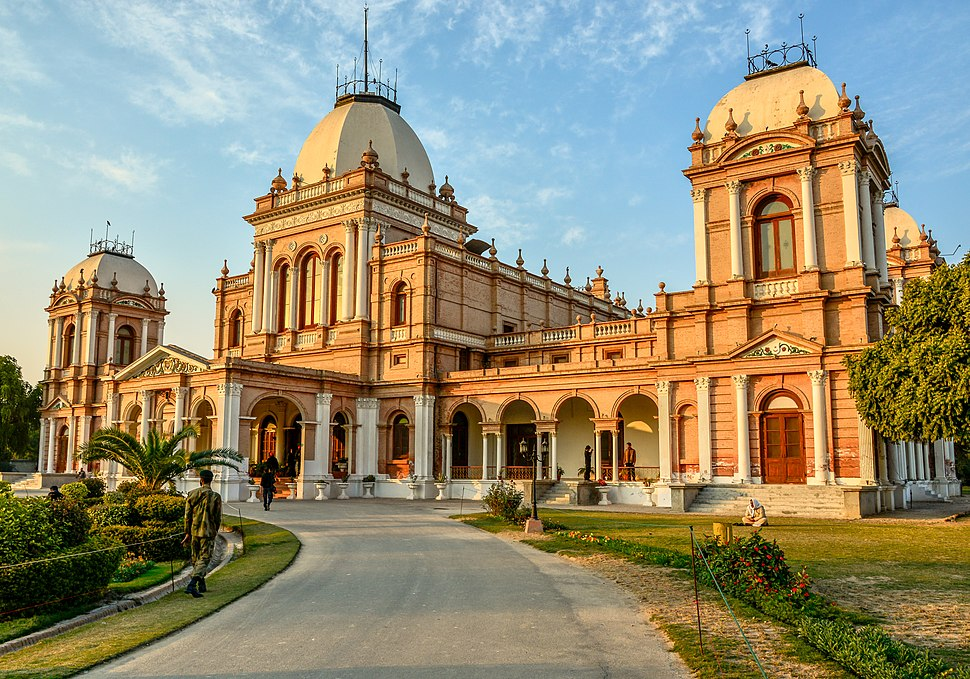 Entrance of Noor Mahal