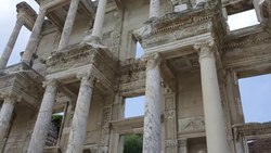 Bestand:Ephesus Efes Library of Celsus Turkey 2015.webm