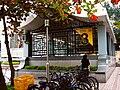 Exit 3, Zhongxiao Xinsheng Station 20051226.jpg
