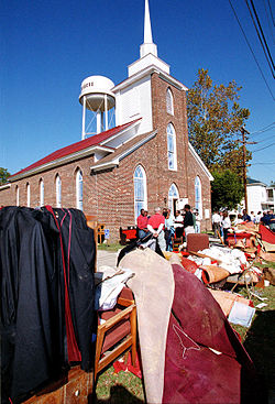 FEMA - 137 - Photograph by Dave Gatley taken on 11-07-1999 in North Carolina.jpg