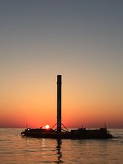 Falcon 9 on droneship (26919295705).jpg