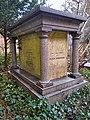Family grave of Peter Robinson.jpg