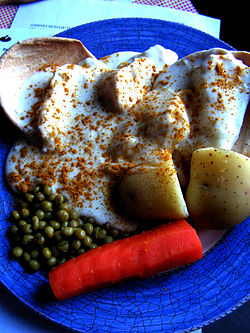 stekt fiskepudding tilbehør