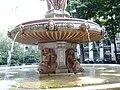 Fontaine Louvois, 2010-06-12 15.jpg