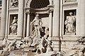 Fontana di Trevi - panoramio (12).jpg