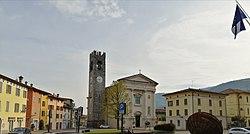 Foto Piazza Sarezzo.jpg