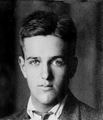 Frederick Trubee Davison portrait from his passport application from 1914.png