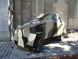 Free French armoured car which participated to the liberation of La Rochelle in 1945.jpg