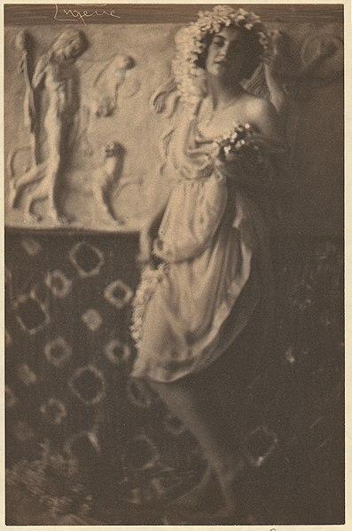 File:Fritzi von Derra - Greek Dancer MET DP72042.jpg
