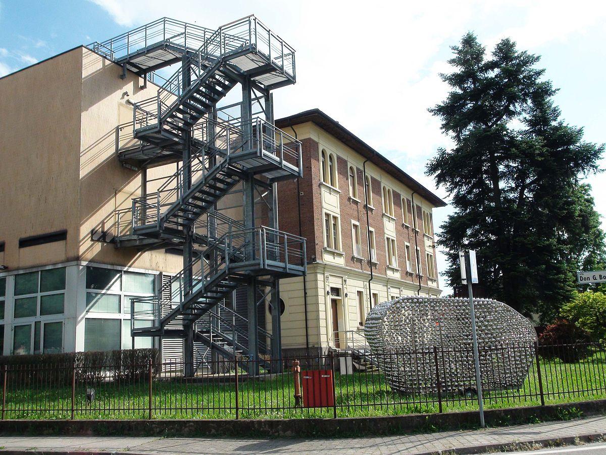 Galleria del premio suzzara wikipedia for Galleria carrara bergamo